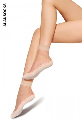 S006- Short socks with large band