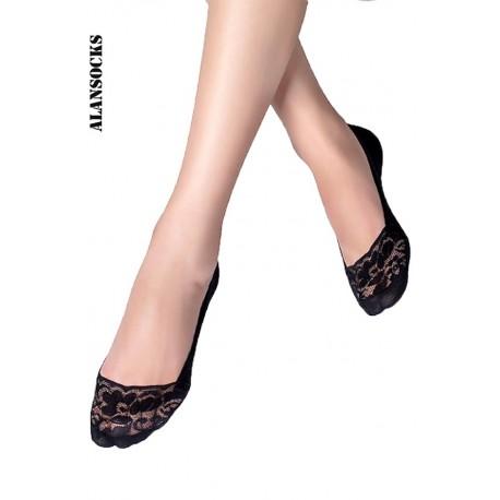 H115- Chaussettes en dentelle florale avec silicone